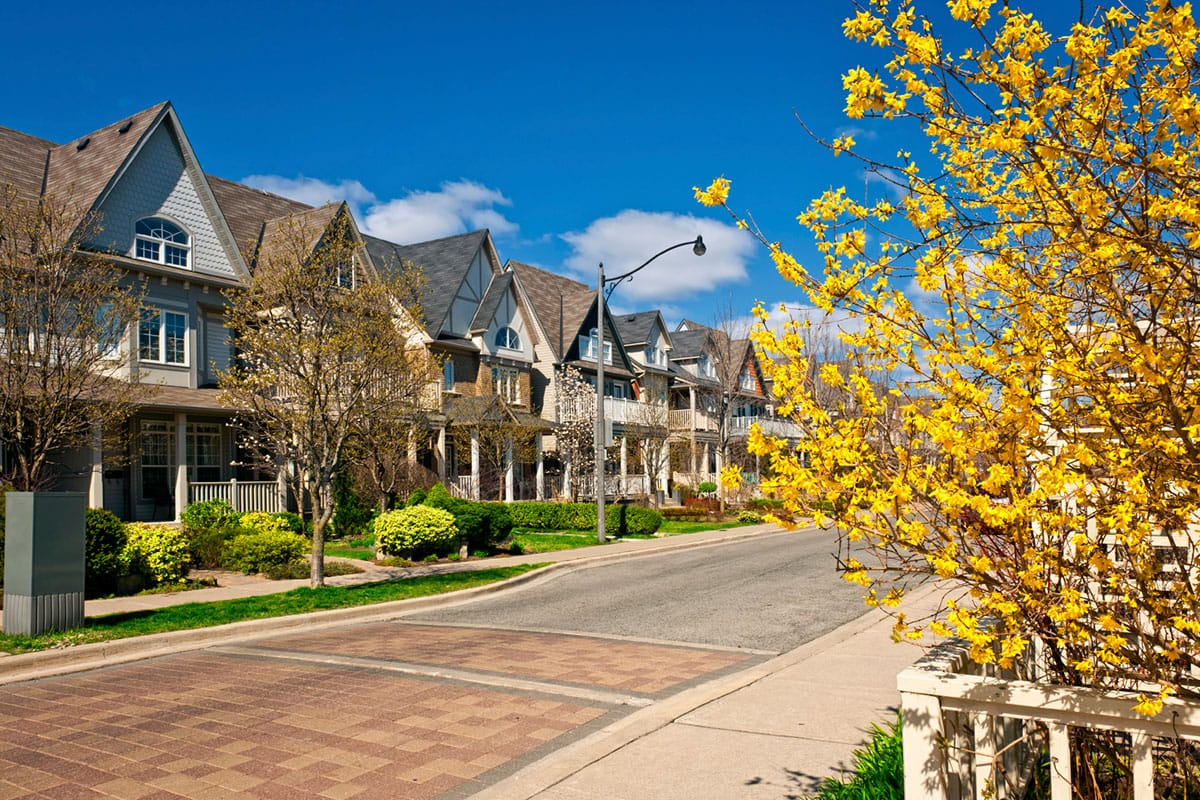 Live in Innisfil for Half the Price of a New Home in the GTA